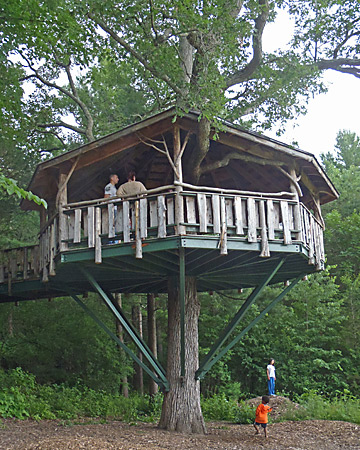 Oakledge Park Burlington Vermont, Accessible Tree House by The Treehouse Guys, LLC, Vermont