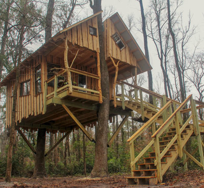 Fort White by the Tree House Guys, DIY network