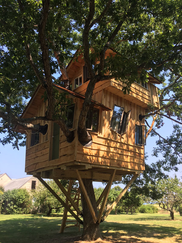 custom design and build tree house by The Treehouse Guys